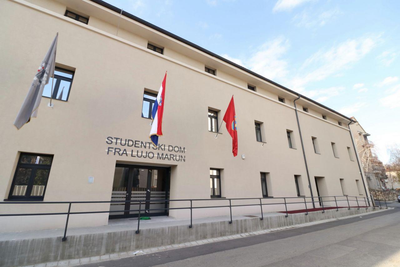 """Natječaj za smještaj studenata u Studentski dom """"fra Lujo Marun"""" Veleučilišta """"Marko Marulić"""" u Kninu u ak.god. 2020./2021."""