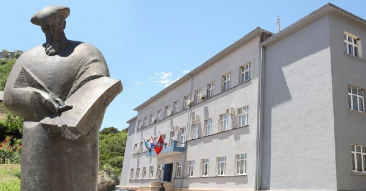 """Natječaj za dodjelu stipendija redovitim studentima Veleučilišta  """"Marko Marulić"""" u Kninu za akademsku godinu 2020./2021."""